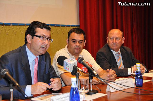 Empresarios de la comarca del Guadalentín participan en Totana en el foro de promoción de negocios, Foto 1