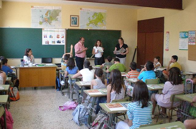 Puerto Lumbreras forma a los alumnos de primaria en materia de reciclaje y medio ambiente - 1, Foto 1