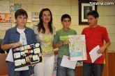 La concejal de Educación entrega los premios del concurso de cómics contra el absentismo escolar
