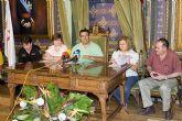 El Alcalde firma un convenio con Cruz Roja de Mazarrón