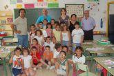 """Los alumnos de 1º de primaria del Colegio P�blico Gin�s D�az San Crist�bal reciben los libros del programa """"Conoce tu Biblioteca"""""""