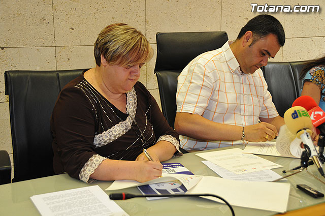 The City Council renewed its partnership agreement with the Federation of Associations of People with Disabilities Murcia Physical and Organic amounting to € 6,300