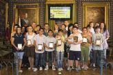 Los mejores alumnos reciben un reconocimiento del Ayuntamiento