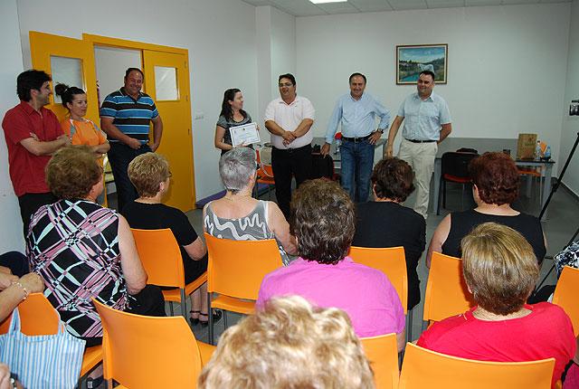 Los usuarios del centro de mayores de El Paretón reciben diplomas - 3, Foto 3