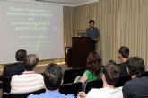 Investigador experto en el glaucoma ofreció una conferencia en la Facultad de Medicina
