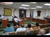 El Pleno de la corporaci�n aprueba por unanimidad la creaci�n de una comisi�n para consensuar el proyecto de remodelaci�n del Jard�n de los Patos