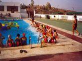 Desde el pasado fin de semana están abiertas al público las dos piscinas municipales de Alcantarilla