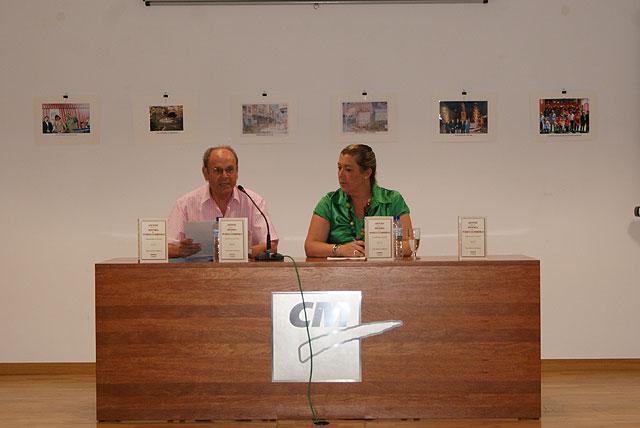 El escritor lumbrerense Juan Romera presenta el libro 'Cincuenta fotos de 100 años' - 2, Foto 2