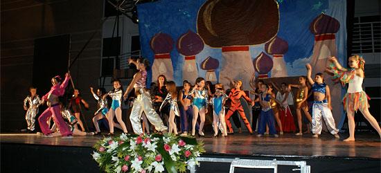Puerto Lumbreras acoge el Primer Festival de Danza 'Academia Piqué' con cerca de 1.000 asistentes - 1, Foto 1