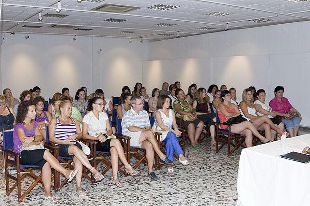 UCOMUR informa sobre la creación de sociedades cooperativas para gestionar los CAIS, Foto 2