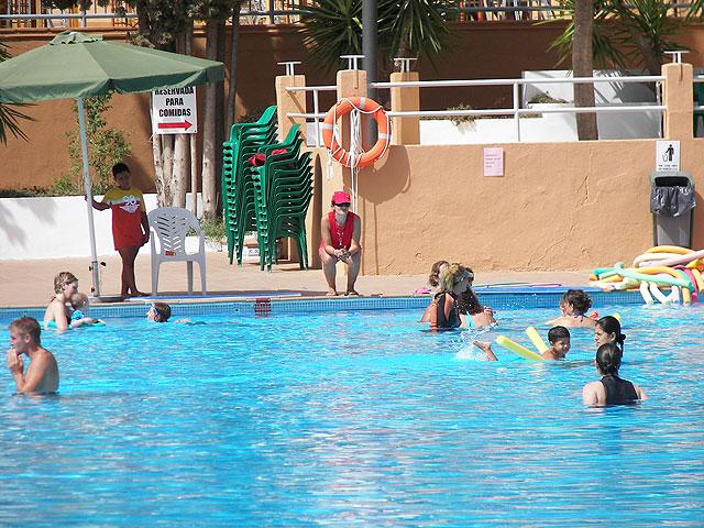 Más personas que nunca en los cursos de Natación de Verano de la Concejalía de Deportes - 1, Foto 1