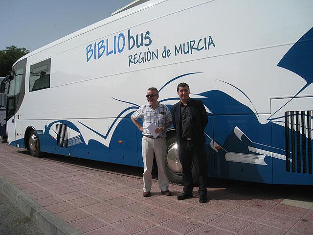 La Región de Murcia cuenta con dos nuevos bibliobuses valorados en más de 650.000 euros - 1, Foto 1