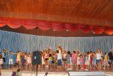 Los más pequeños pudieron disfrutar de la 'Tarde de Fiesta' con talleres de baile, maquillaje, globoflexia y  espectáculos infantiles