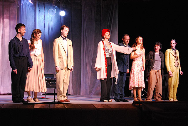 """The performance of the play """"Can not be keeping a woman"""" by Agustin Moreto together more than 250 people, Foto 1"""