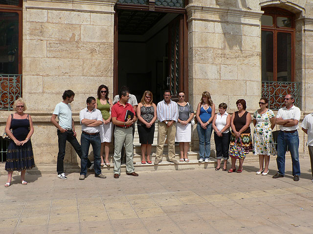Concentración silenciosa en Mazarrón por el atentado, Foto 1