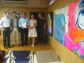Las obras de cuatro promesas de la pintura animarán a los niños hospitalizados en La Arrixaca y el Reina Sofía
