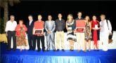 Cruz entrega el premio del XXV Concurso de Cuentos Villa de Mazarr�n a L�pez Grandal