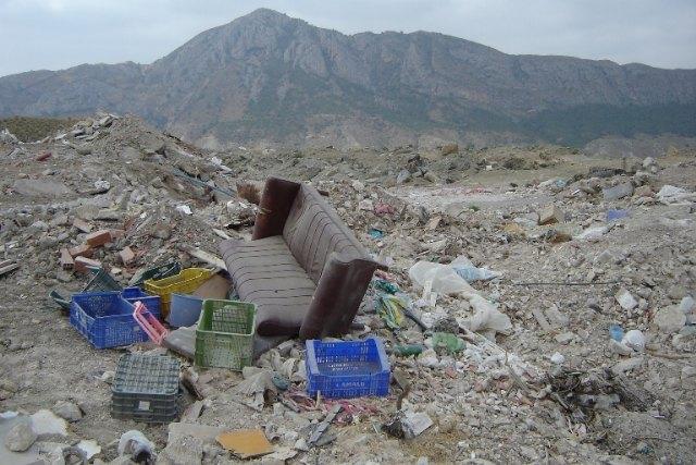 Ecologistas en Acción denuncia un vertedero ilegal en LIC y ZEPA de la sierra de Ricote - 1, Foto 1