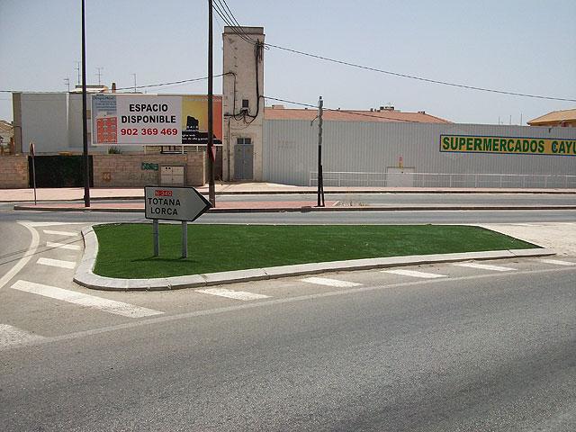 La mediana de la Avenida Ginés Campos ha sido reparada, Foto 1
