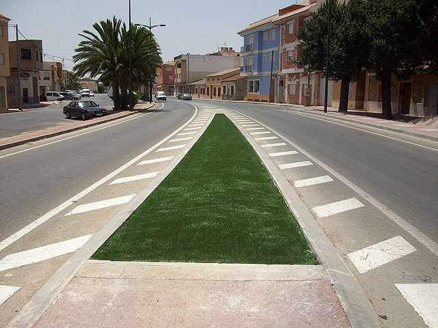 La mediana de la Avenida Ginés Campos ha sido reparada, Foto 2