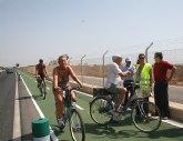 El Mar Menor dispone de un nuevo tramo de carril bici paralelo a la costa