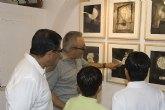 Mazarr�n arropa la original exposici�n de Blas Miras