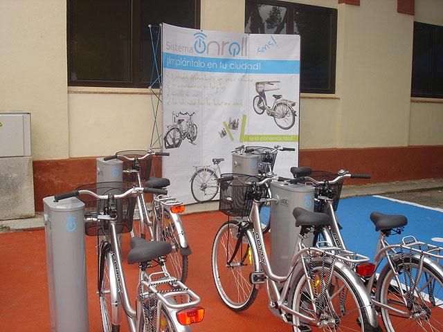 La concejalía de Turismo instalará cinco nuevas bases de préstamo de bicicletas en La Manga - 1, Foto 1