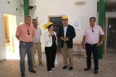 El delegado del Gobierno y la alcaldesa de Pliego visitan las obras del Fondo Estatal de Inversión Local de la localidad