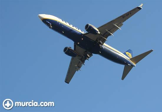 Rynair celebra el transporte de cuatro millones de pasajeros en el aeropuerto de San Javier - 1, Foto 1