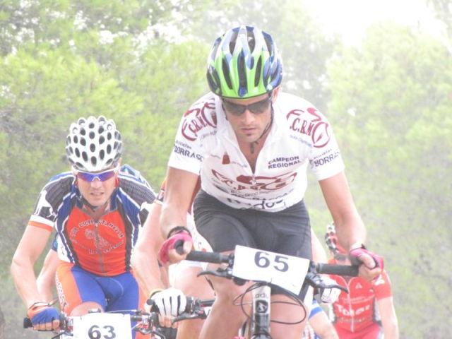 Pedro Antonio, del Club Ciclista Santa Eulalia, 4º senior en la I marcha MTB Villa de Pliego, Foto 3