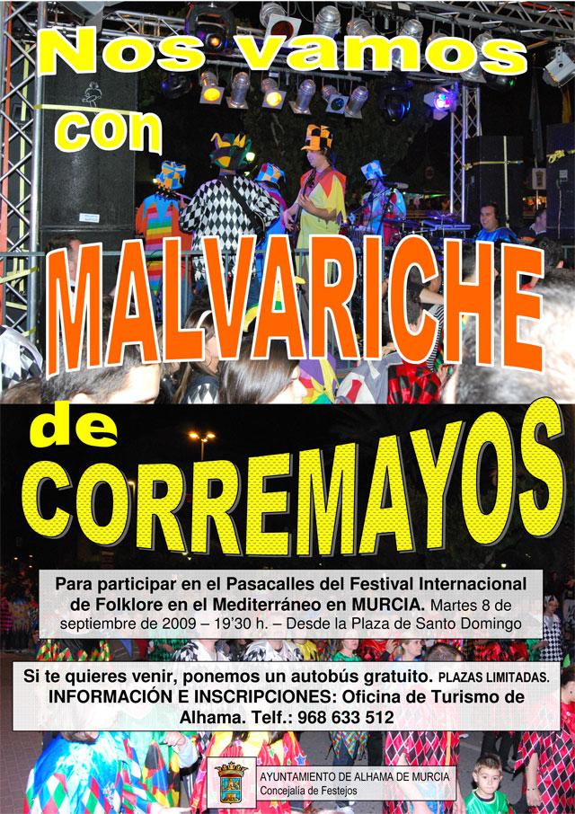 El pasacalles de corremayos con la Malvariche participa en el desfile inaugural del Festival Internacional de Folclore de Murcia.