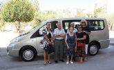 Obras Públicas subvenciona la compra de un vehículo adaptado para la Asociación de Familiares y Enfermos Mentales de Cieza