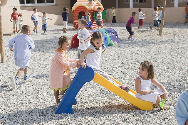 Más de 3.000 escolares del municipio de Mazarrón han iniciado hoy sus clases - 1, Foto 1