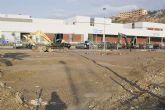 La Concejal�a de Infraestructuras y urbanismo renueva la plaza de la calle Sierra del Carche