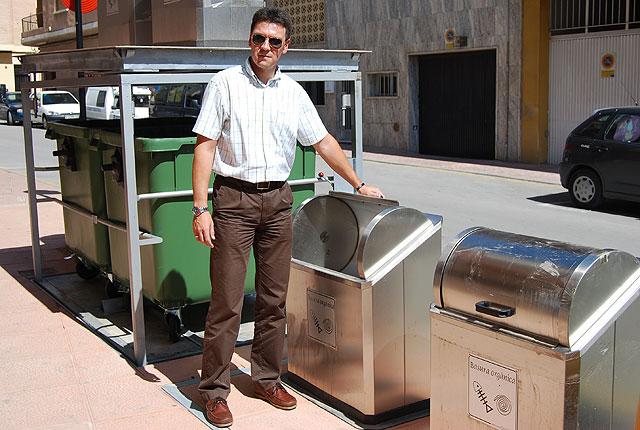 El próximo viernes 25 por la noche ya se podrán utilizar los primeros contenedores soterrados que se instalan en el municipio, Foto 1