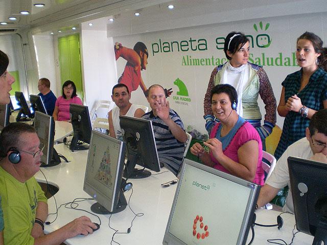 Los usuarios del Centro Ocupacional con el medio ambiente - 1, Foto 1