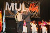 Valcárcel inaugura una nueva escultura de Cristóbal Gabarrón en el inicio de las fiestas patronales de Mula