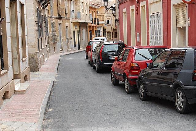 Finalizan las obras de sustitución de aceras, asfaltado y servicios generales en las calles Antonio Garrigues y Uvica de la localidad - 1, Foto 1