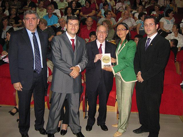 El tenor Ginés Torrano recibe hoy el Discantus de Oro por su amplia trayectoria artística - 1, Foto 1