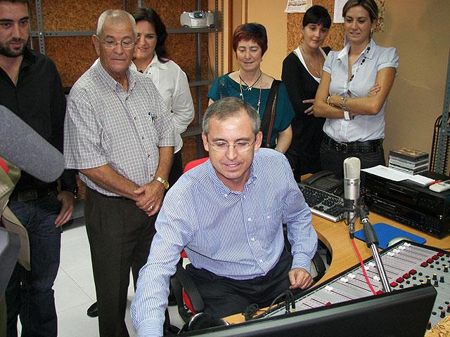 El Alcalde Manuel Marcos Sánchez Cervantes inauguró esta mañana este nuevo medio de comunicación local - 1, Foto 1