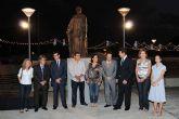 Caja Mediterráneo dona a Torre-Pacheco una escultura que representa el origen de las fiestas trinitario-berberiscas