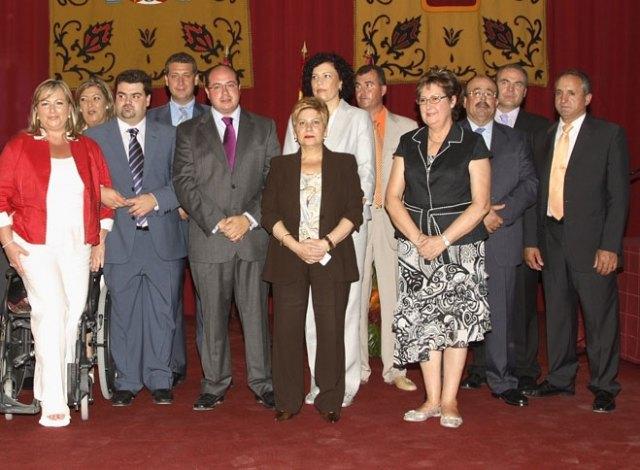 Equipo de Gobierno del Ayuntamiento de Puerto Lumbreras durante la toma de posesión al inicio de la legislatura, Foto 1