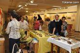 La concejal de Cultura inaugura la exposición misionera y venta de artesanía de las hermanas misioneras combonianas