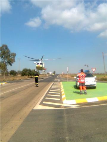 Dos Ambulancias de Soporte Vital Básico de Cruz Roja de Águilas y Lorca asisten un accidente de tráfico muy grave - 1, Foto 1