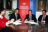 La fundación Cajamurcia cede al Ayuntamiento de Alcantarilla cuatro desfibriladores para las instalaciones deportivas municipales