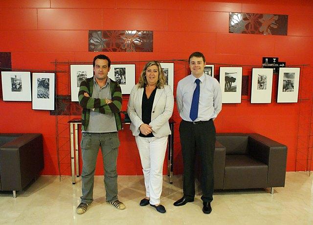 Salvador Gómez expone en Puerto Lumbreras su obra fotográfica 'Mundos' - 1, Foto 1