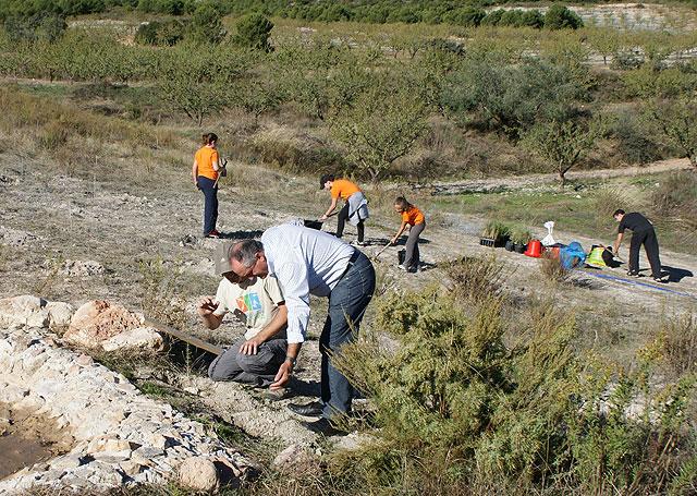 Puerto Lumbreras acoge la II Campaña de Reforestación en el Cabezo la Jara - 2, Foto 2