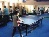 La Concejalía de Deportes ofrece a sus usuarios la posibilidad de practicar tenis de mesa en el Pabellón Municipal de Deportes 'Manolo Ibáñez'