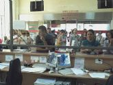 La Comunidad Autónoma 'obliga a los ciudadanos a perder gran cantidad de tiempo en la realización de compulsas y registro de documentación'