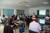 Cursos de informática y cuidado de mayores para inmigrantes en Las Torres de Cotillas